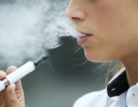 Relacionan el grave daño pulmonar del vapeo al acetato de vitamina E
