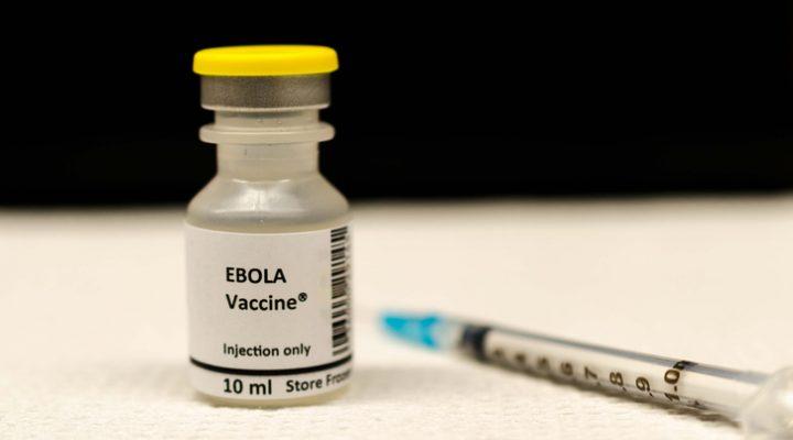 Aprobada primera vacuna contra el virus del Ébola Zaire